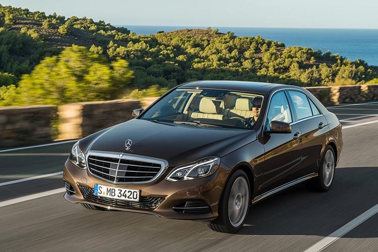 Mercedes-Benz-E-Class-2014-1600-1e.jpg