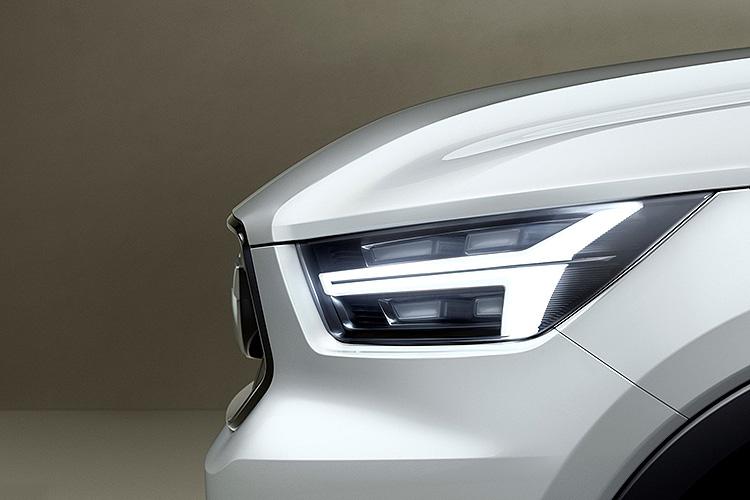 Volvo-40.jpg