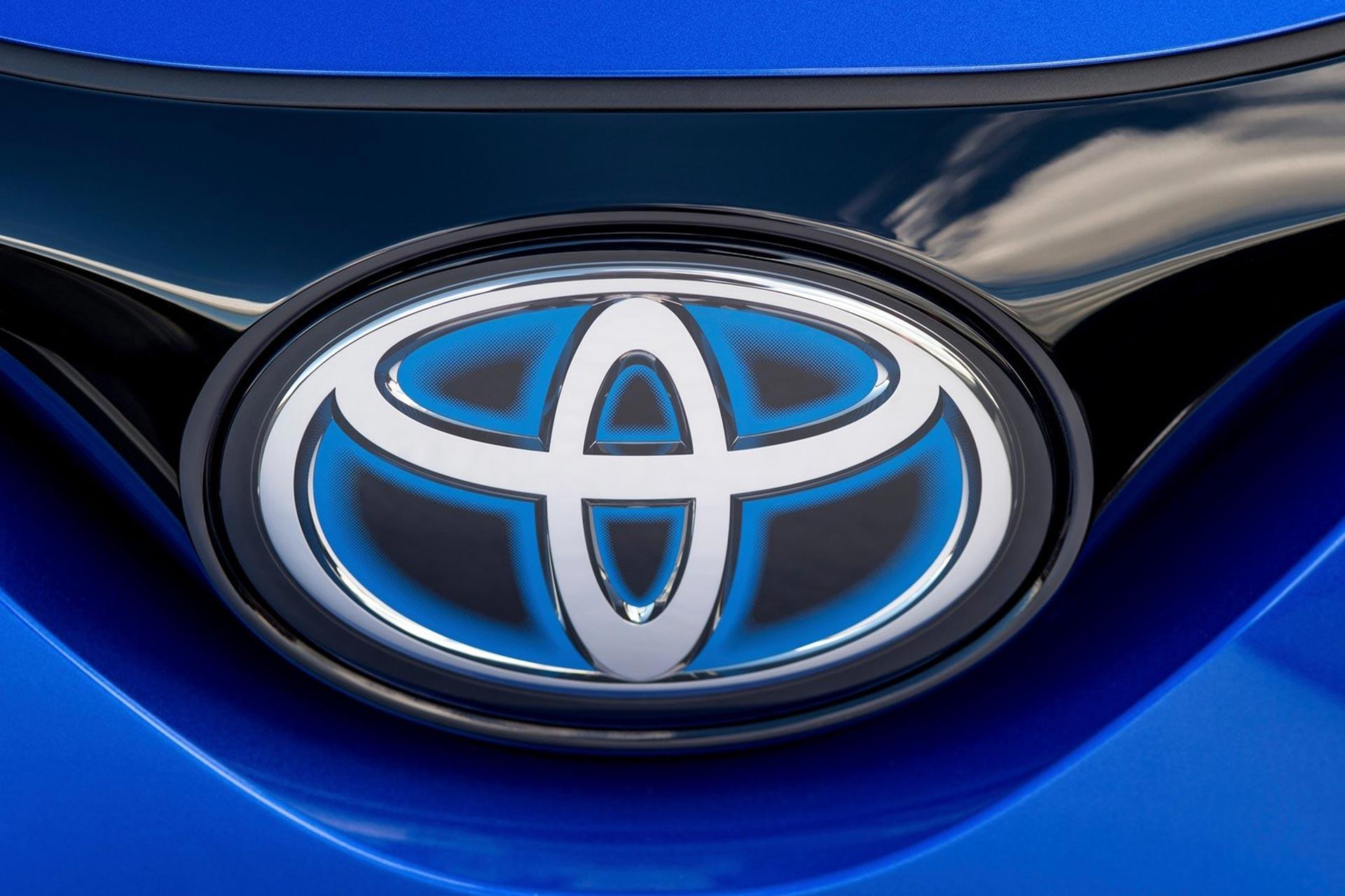 Toyota-C-HR-2017-1600-dd.jpg