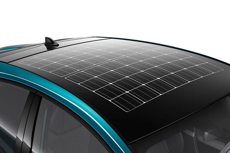 Toyota-Prius_Plug-in_Hybrid-2017-1600-88.jpg