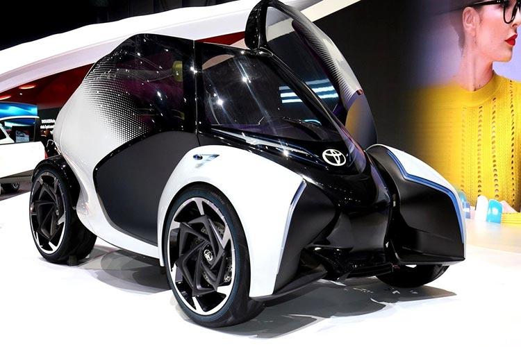 丰田i-TRIL概念车.jpg