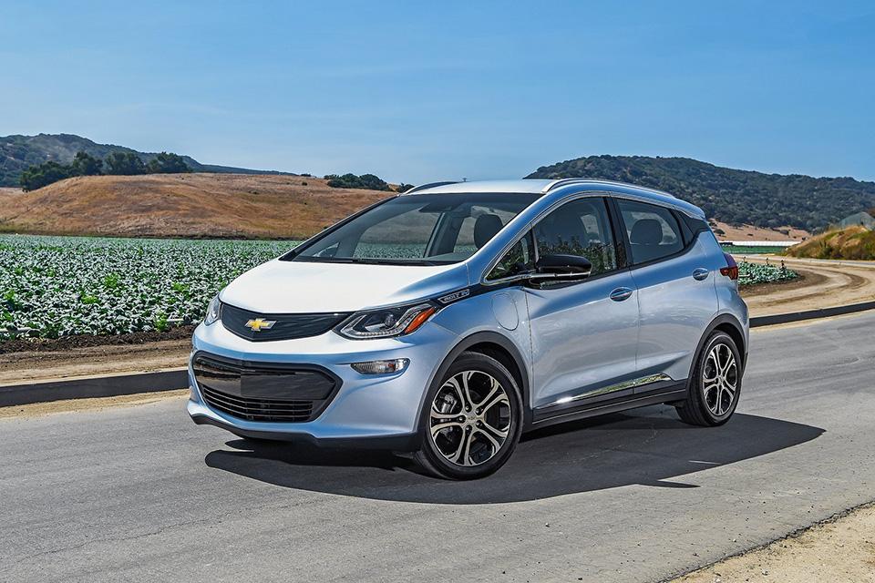 Chevrolet-Bolt_EV-2017-1600-02.jpg