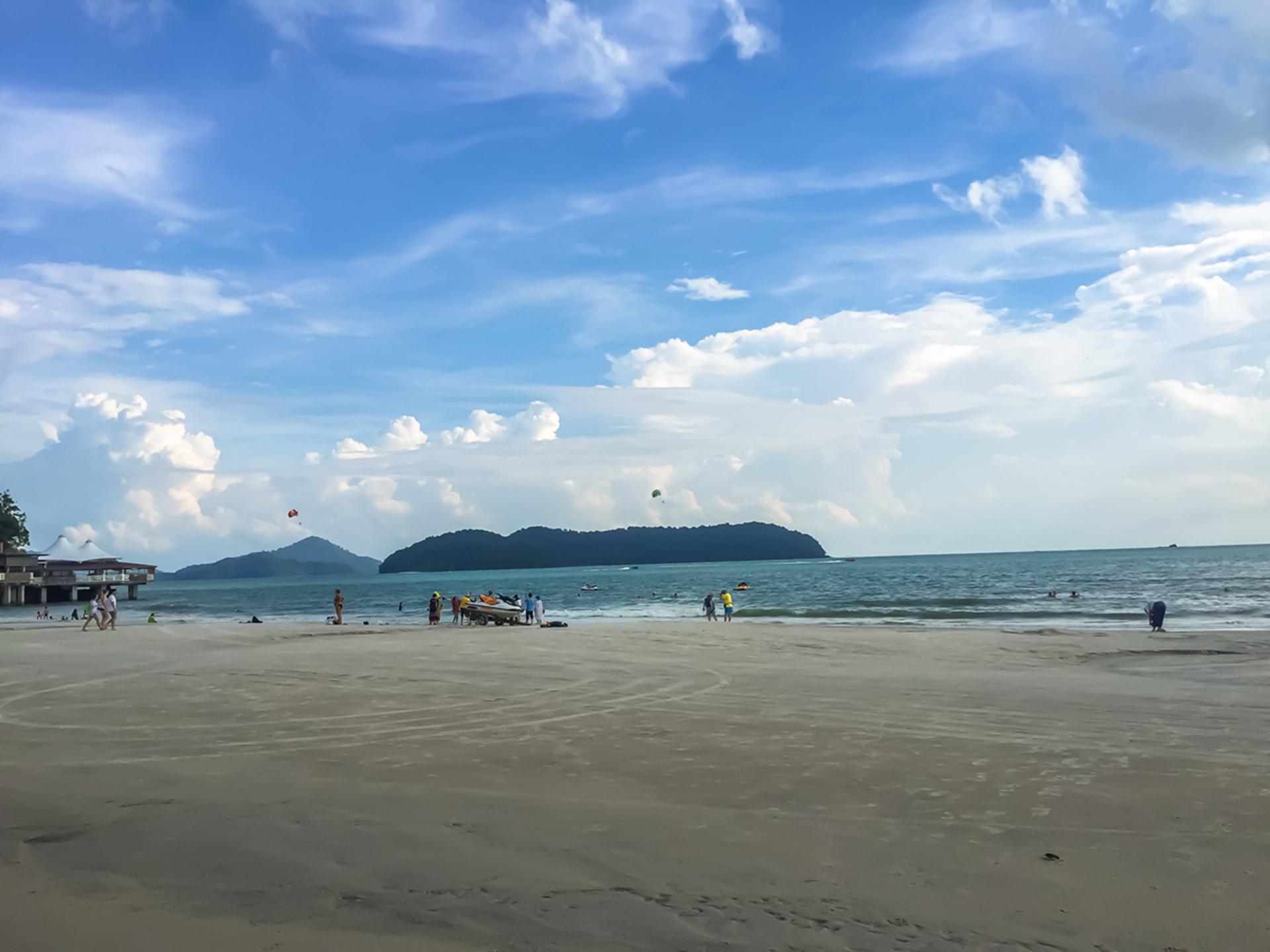 珍南海滩.jpg